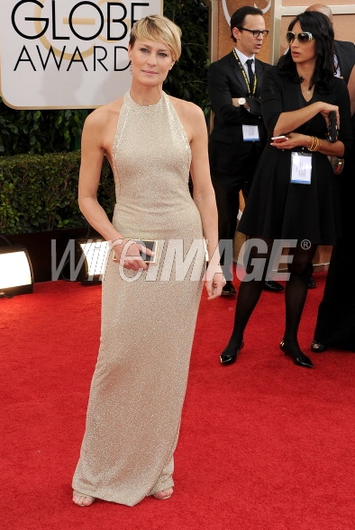 Robin-Wright-in-Reem-Acra