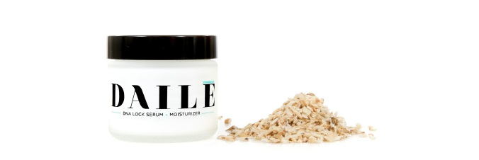 Recycled-Novelty-Haute-Holiday-Official-Gift-Guide-2014-For-her-UseDaile-Daile-DNA-youth-lock-daily-moisturizer-Cyndi-Ramirez-by-Whitney-Leigh-Young
