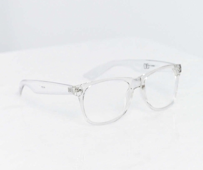 Recycled-Novelty-Style-Wednesday-Want-List-Urban-Outfitters-Crystal-Clear-Readers-by-Whitney-Leigh-Young