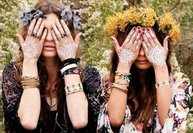 Recycled-Novelty-Festival-Fashion-Coachella